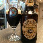 Cervejas-Inglesas-da-Shepherd-Neame_Double-Stout