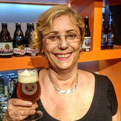 maes-cervejeiras_lorna-laux