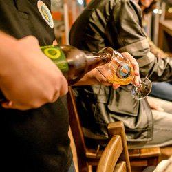 ideias-de-negocio-cerveja-artesanal_sommelier